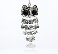 Stort Lyxhänge -Antiksilver Black Owl 87mm