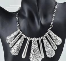 Halsband Exquisite - Vintage Silver Drop